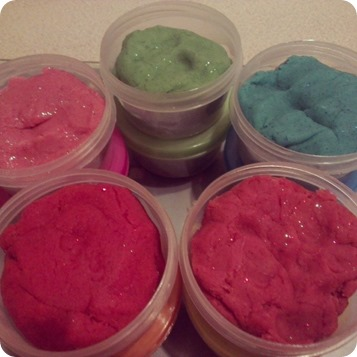 Kid Crafts & Activities: Making Play Dough