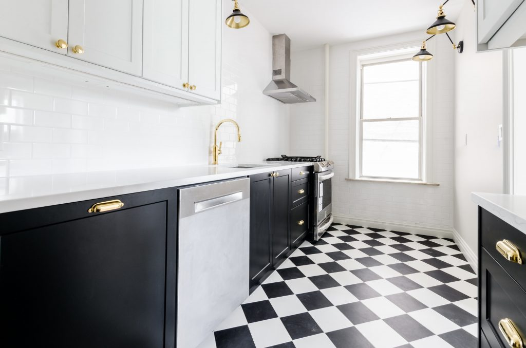 Home Interiors: Maintaining your Vinyl Flooring to keep your home looking perfect